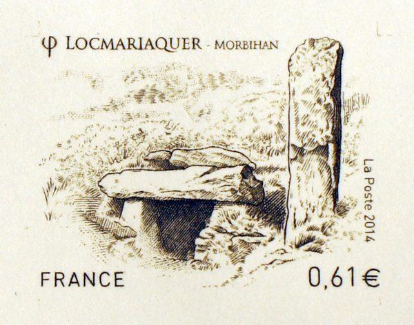 France. Locmariaquer, Morbihan, 2014 (dessin et gravure de Sarah Bougault, impression taille-douce), photo de l'épreuve d'artiste, poinçon principal, 2014 (© La Poste / S. Bougault)