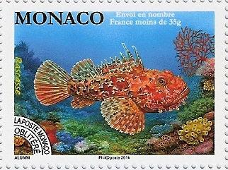 Monaco. Faune marine, Rascasse rouge, timbre préoblitéré, 2014 (création de Bernard Alunni et Marie-Christine Lemayeur, impression offset). Timbre-poste. (© Monaco OETP / Alunni-Lemayeur)