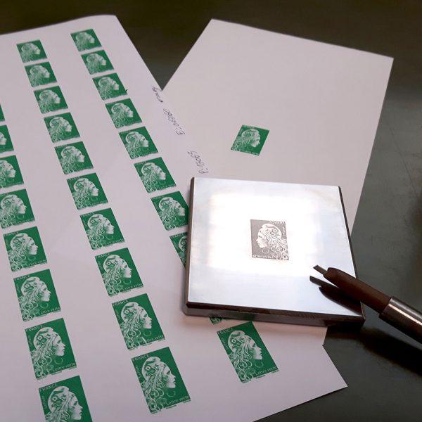 Le poinçon gravé et des essais d'impression de la Marianne verte